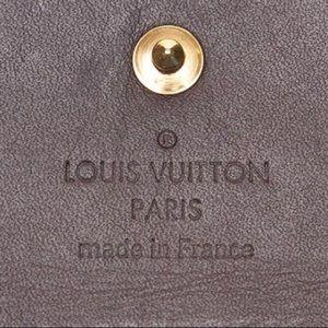 Louis Vuitton Accessories - Authentic Louis Vuitton Black Vernis 4-Key Holder